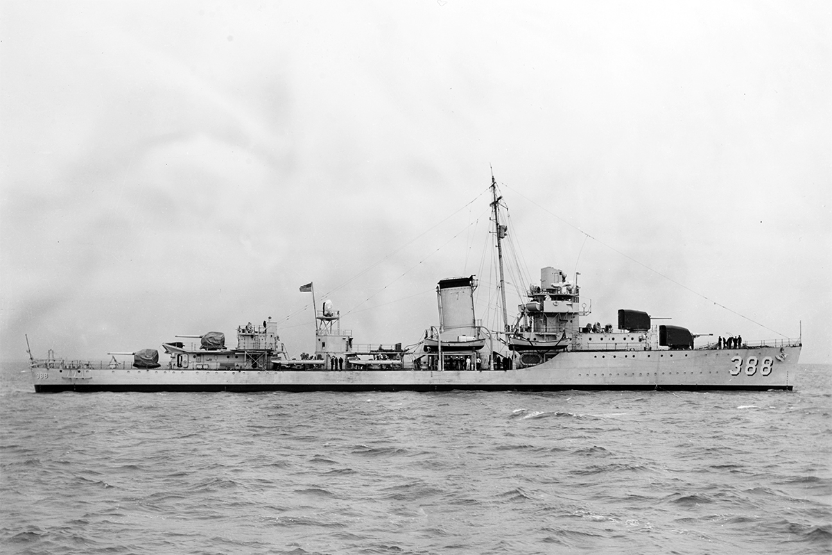 USS Helm, circa 1937-39. Image: USA National Archives.