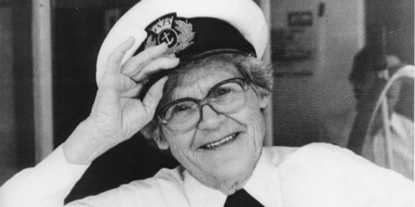 Pearl Wallace 1912 - 2006 | First female river captain